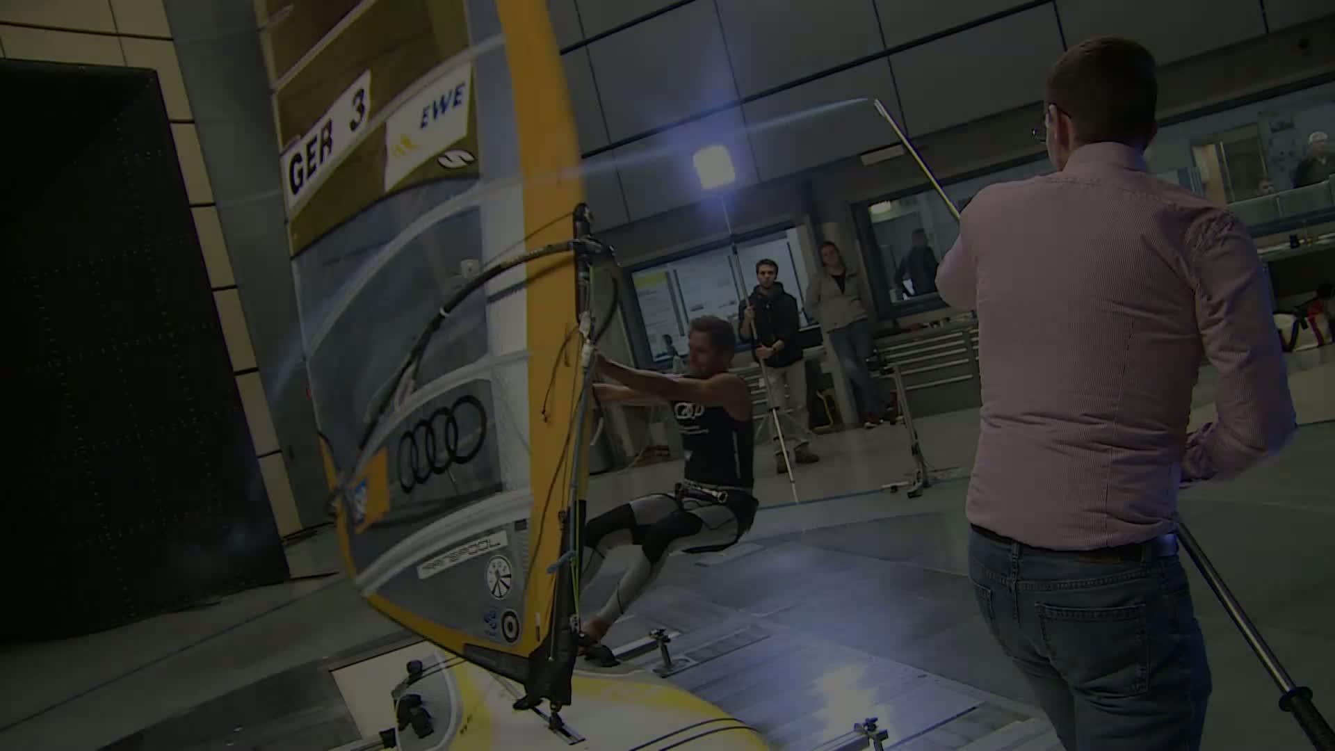 Toni Wilhelm trainiert im Audi Windkanal