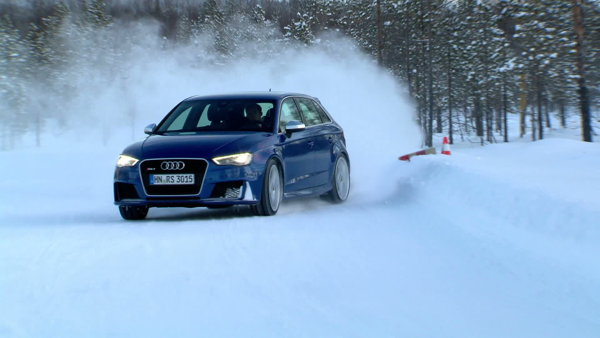 Audi RS 3 Sportback / Drifting with Mattias Ekstroem