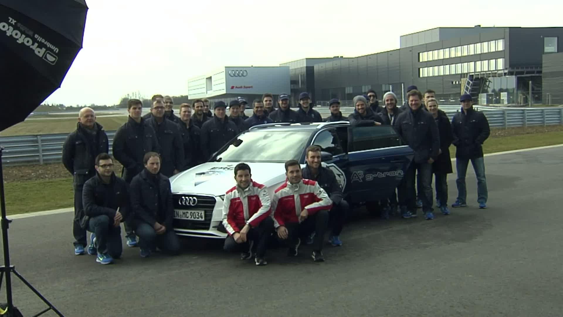 """Panther"" treffen DTM-Stars bei Audi in Neuburg"