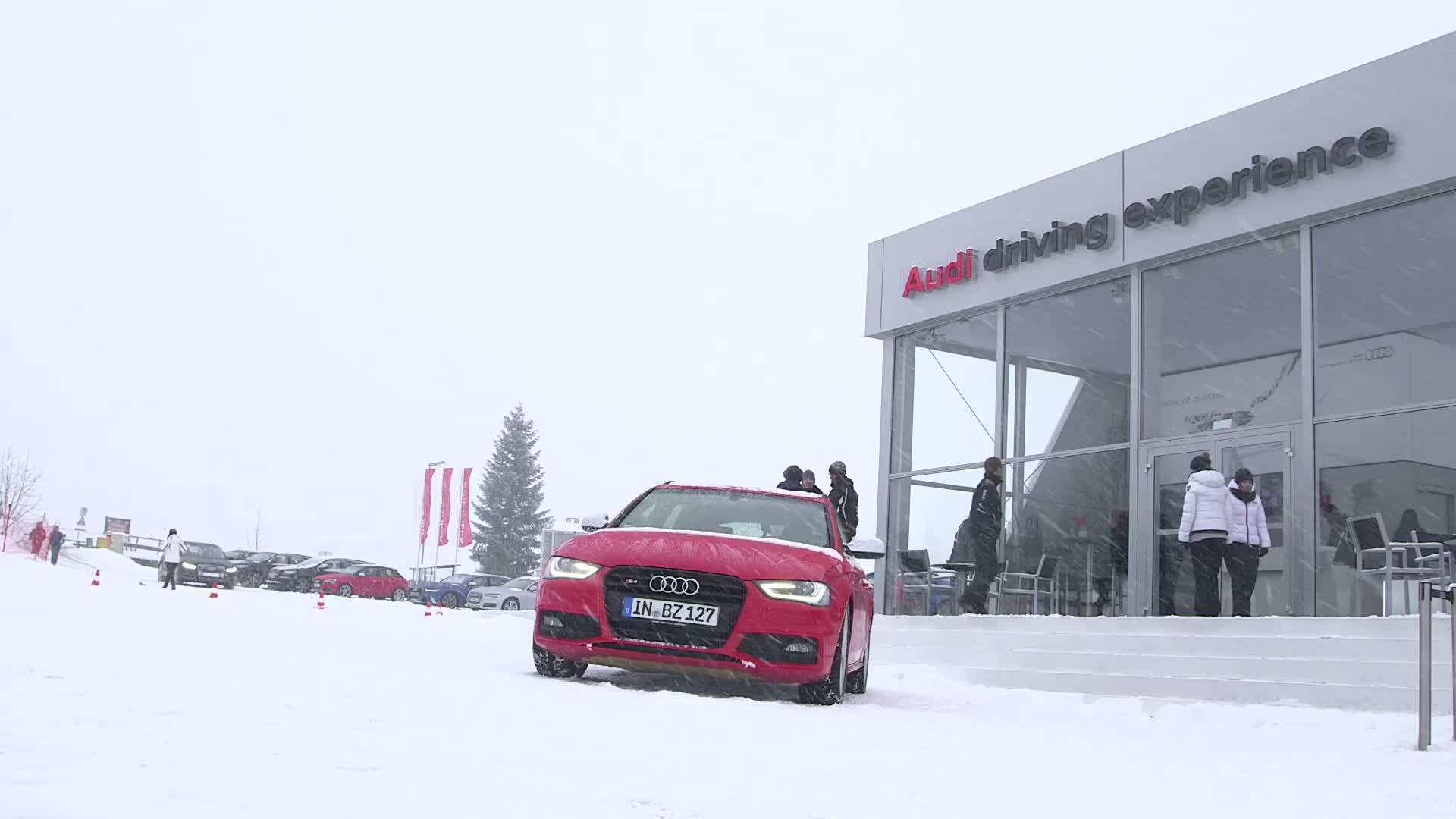 Der FC Bayern bei der driving experience in Kitzbühel - Footage