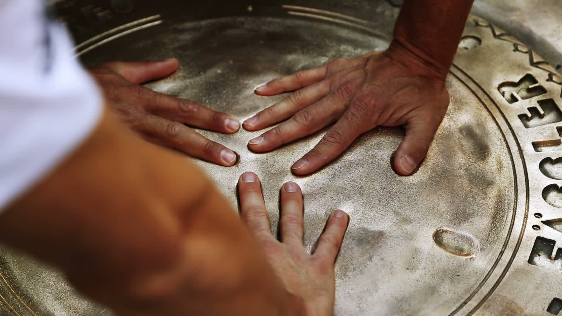 60 Seconds of Audi Sport 35/2015 - WEC Le Mans, Handprint