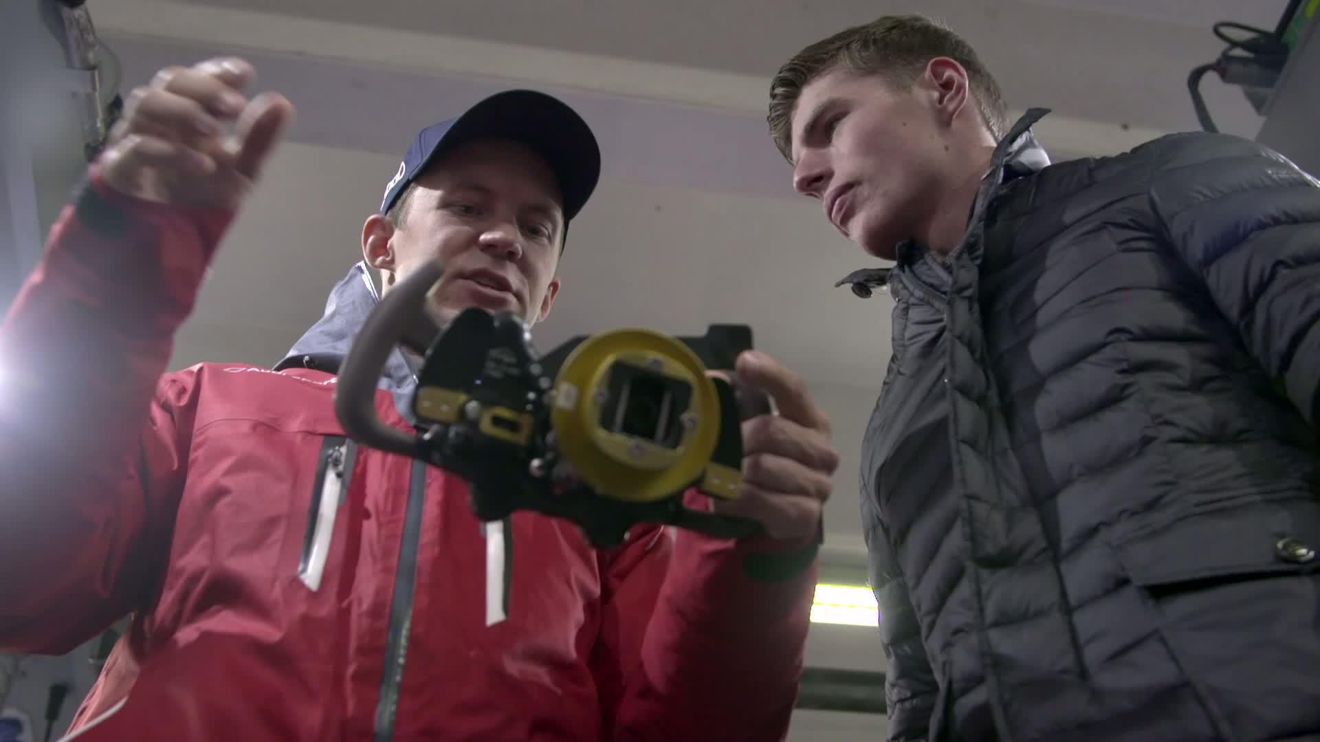 60 Seconds of Audi Sport 94/2015 - DTM, M. Verstappen visits M. Ekström
