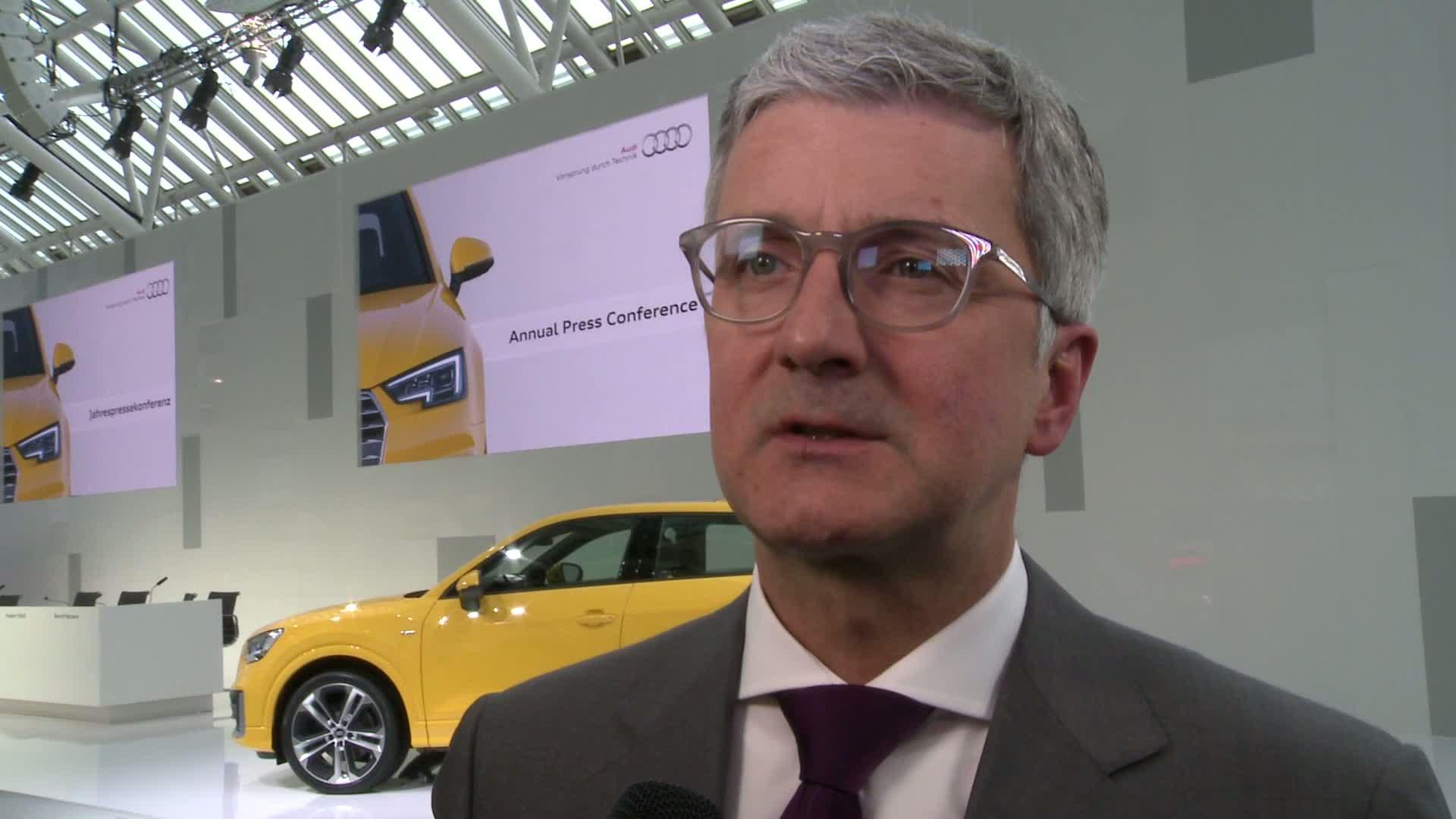 Jahrespressekonferenz Statements Prof. Rupert Stadler - Footage