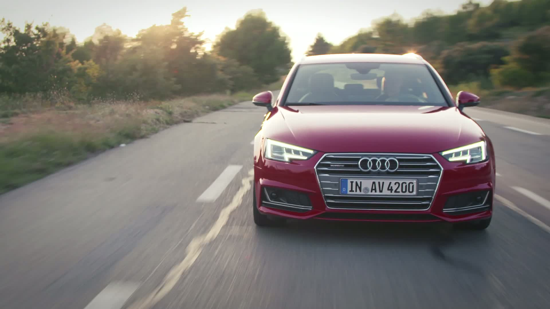 Audi A4 Avant - Trailer
