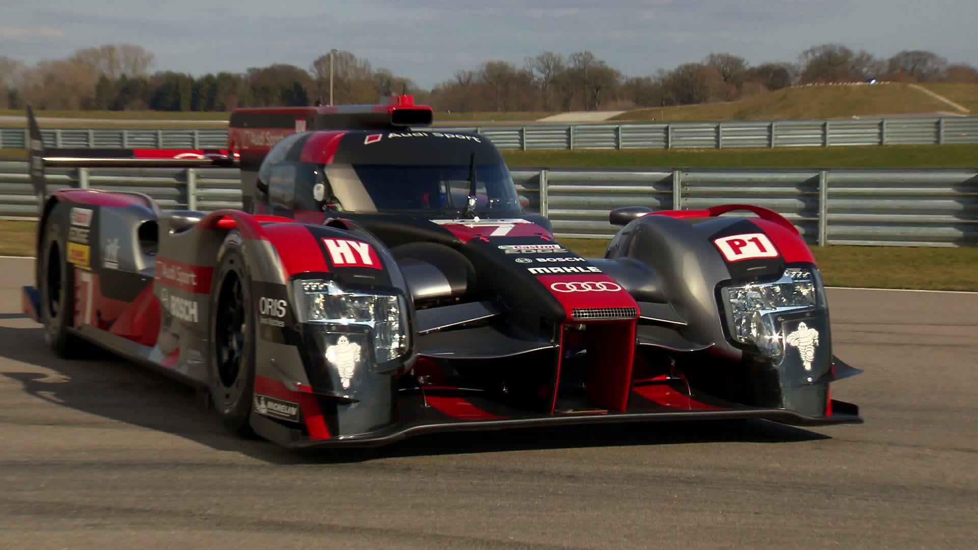The new Audi R18
