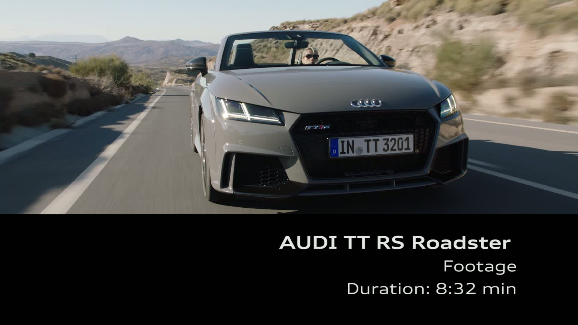 Audi TT RS Roadster - Footage