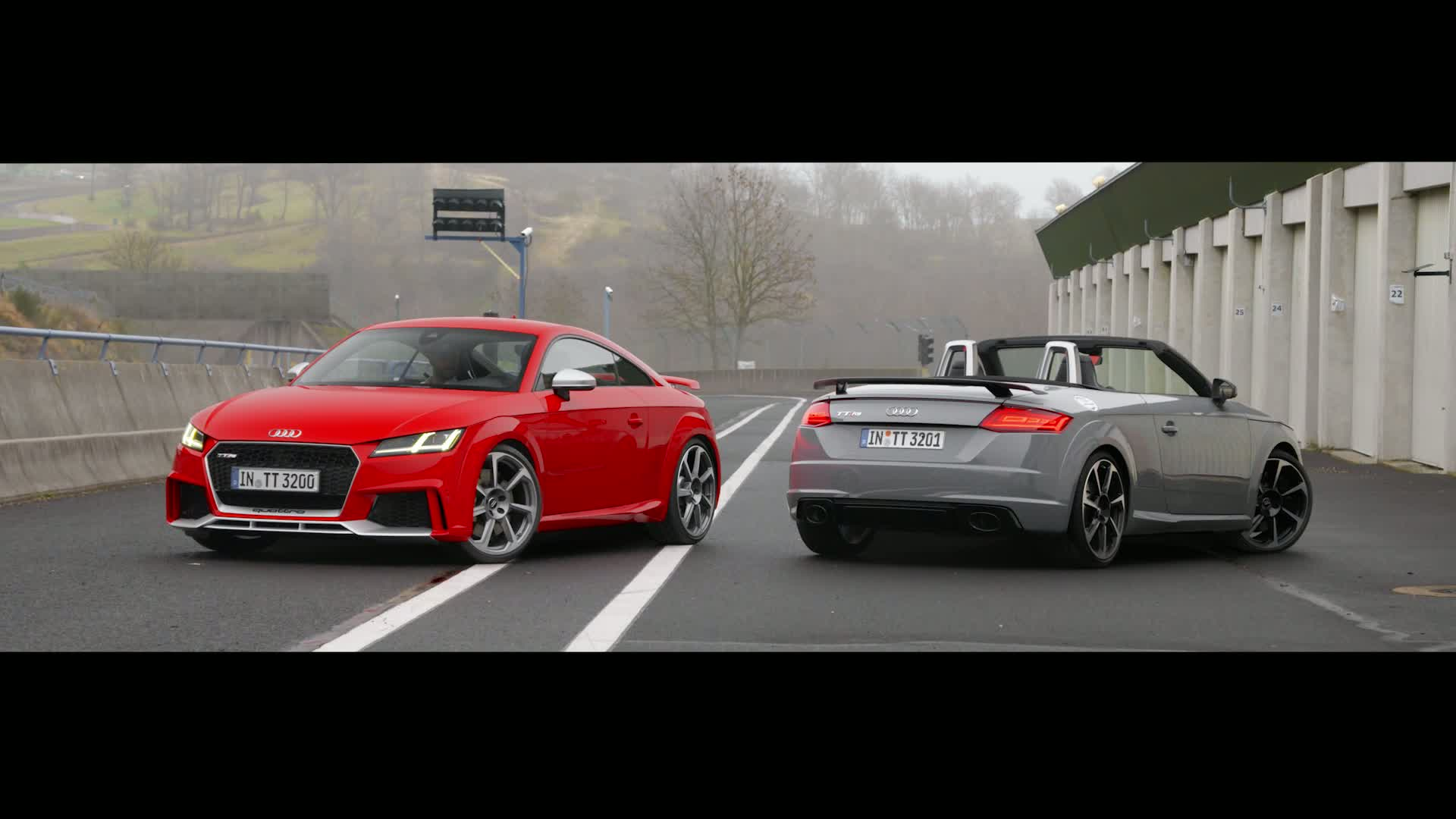 TT RS Coupé and TT RS Roadster - driving pleasure at the highest level