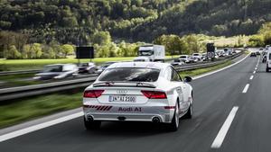 Audi fährt pilotiert auf der A9