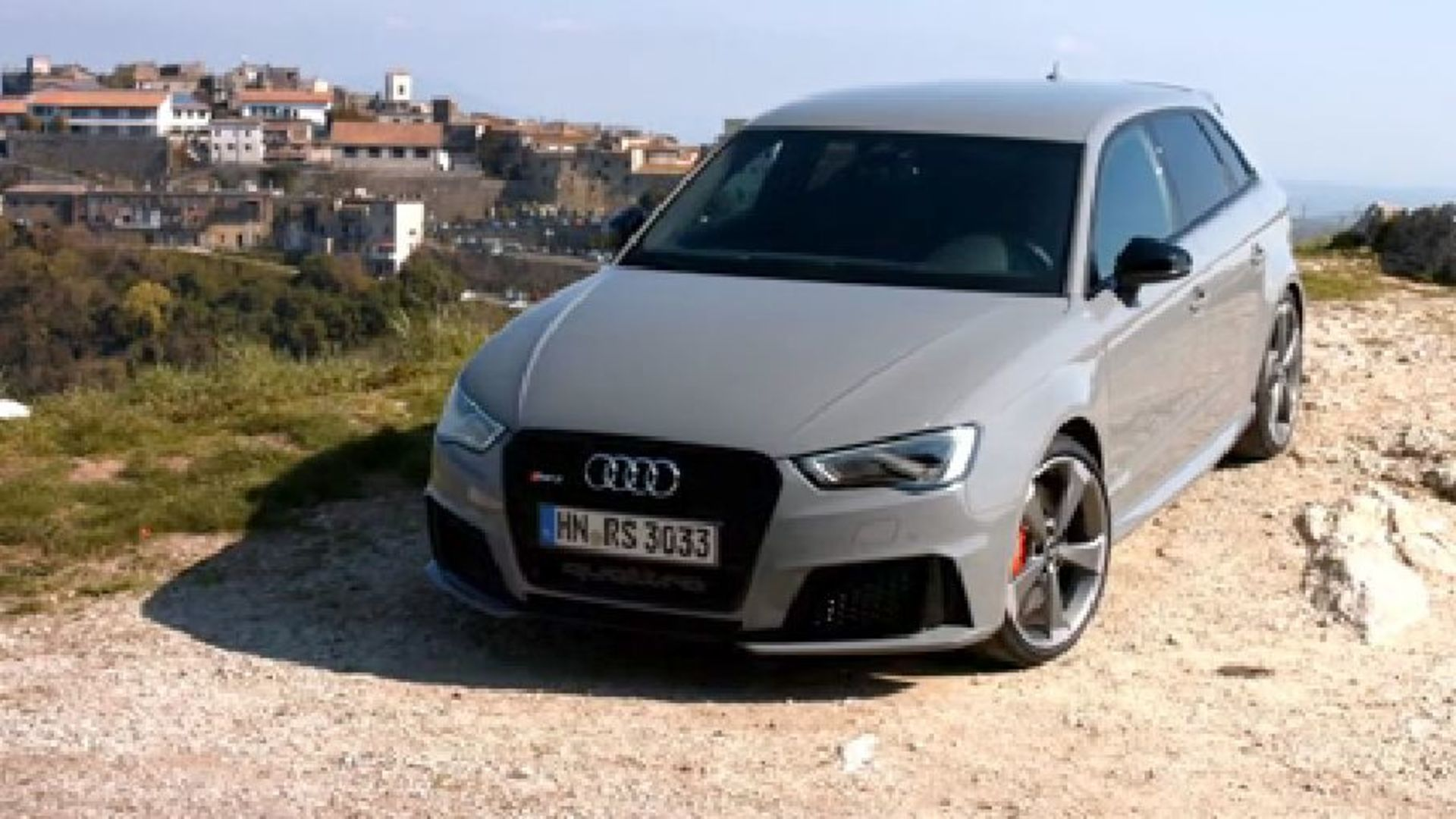 Power in compact form – the new Audi RS 3 Sportback Trailer