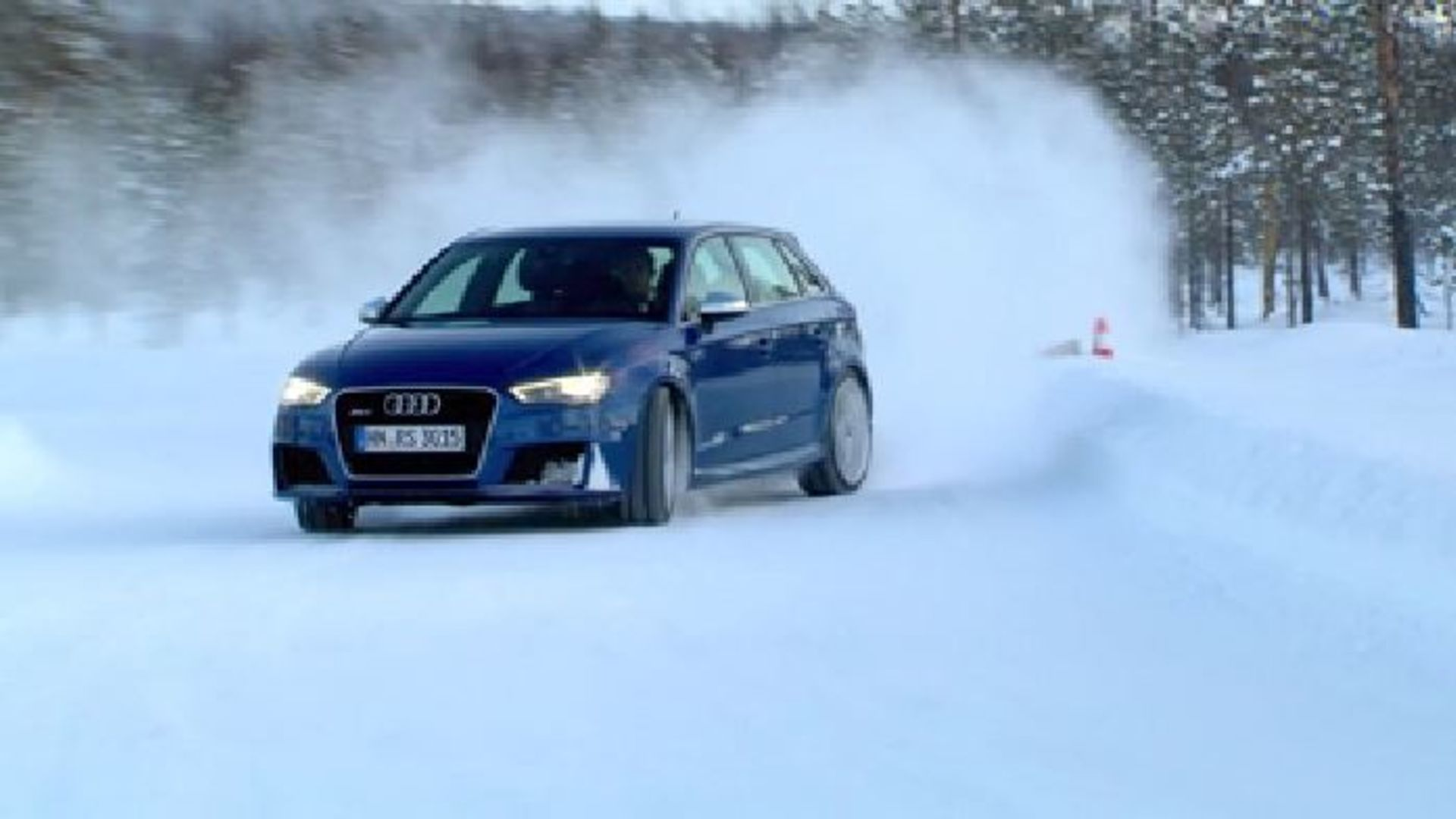 Audi RS 3 Sportback - Driften mit Mattias Ekström