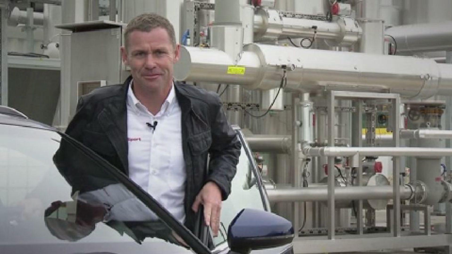 Audi e-gas plant - explained by Audi race legend Tom Kristensen
