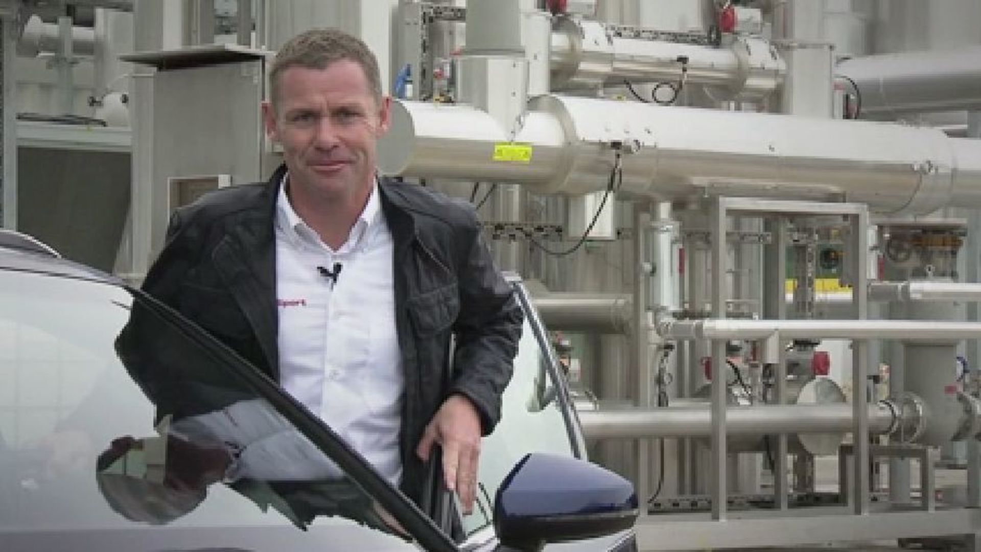Audi e-gas plant - explained by Audi race legend Tom Kristensen