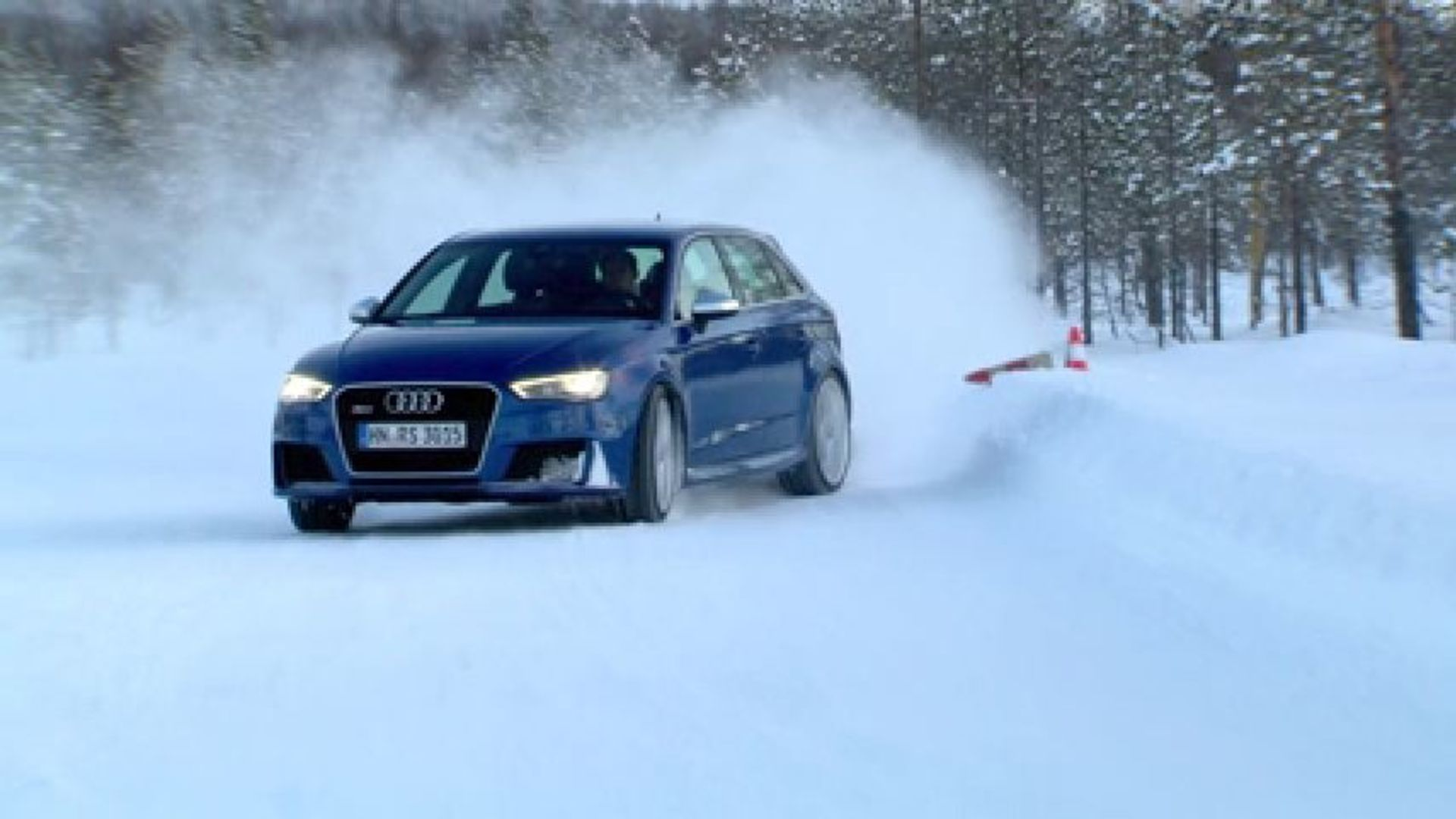 Audi RS 3 Sportback / Drifting with Mattias Ekstroem