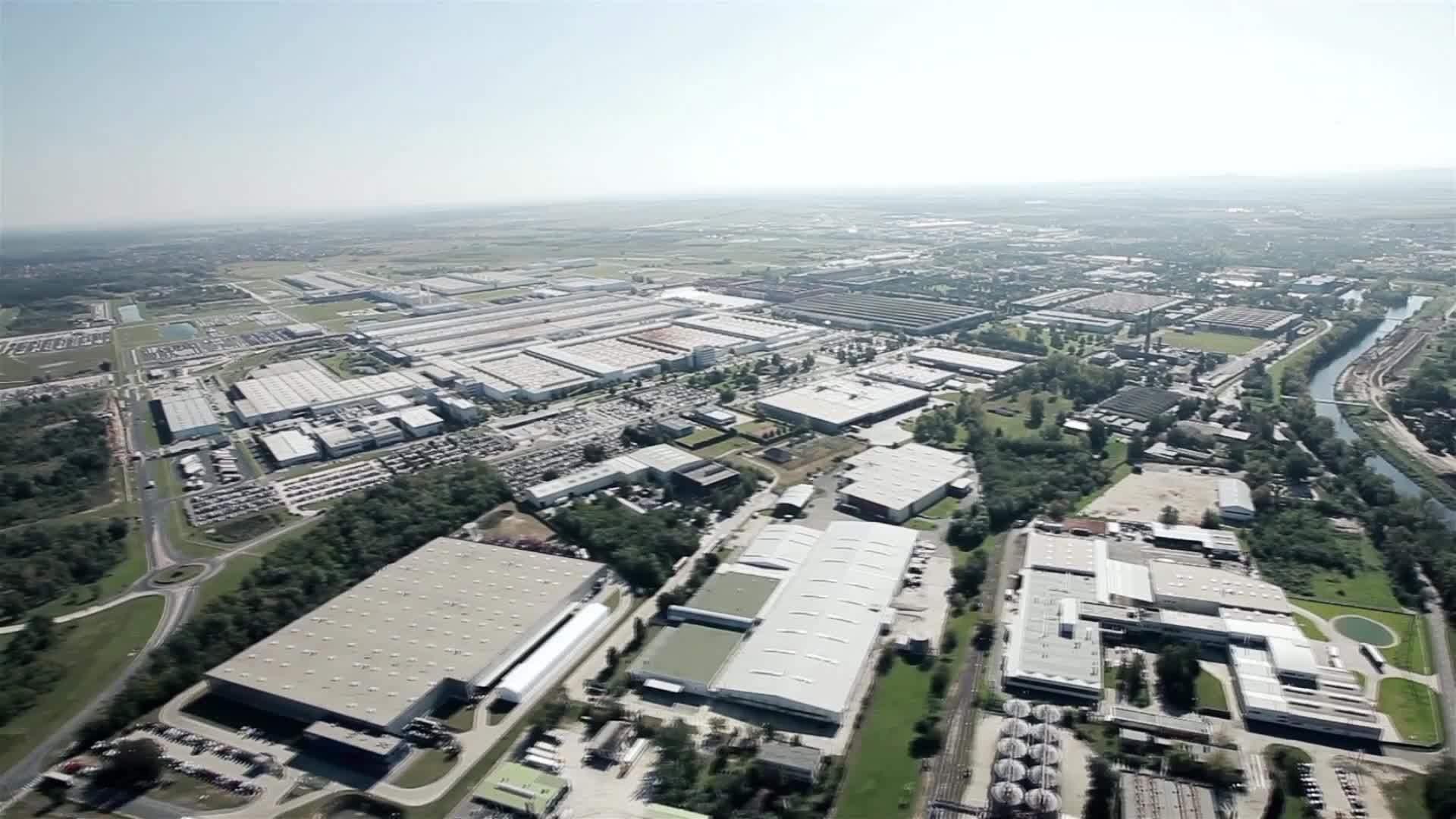 Luftaufnahmen vom Audi Standort Györ, Ungarn