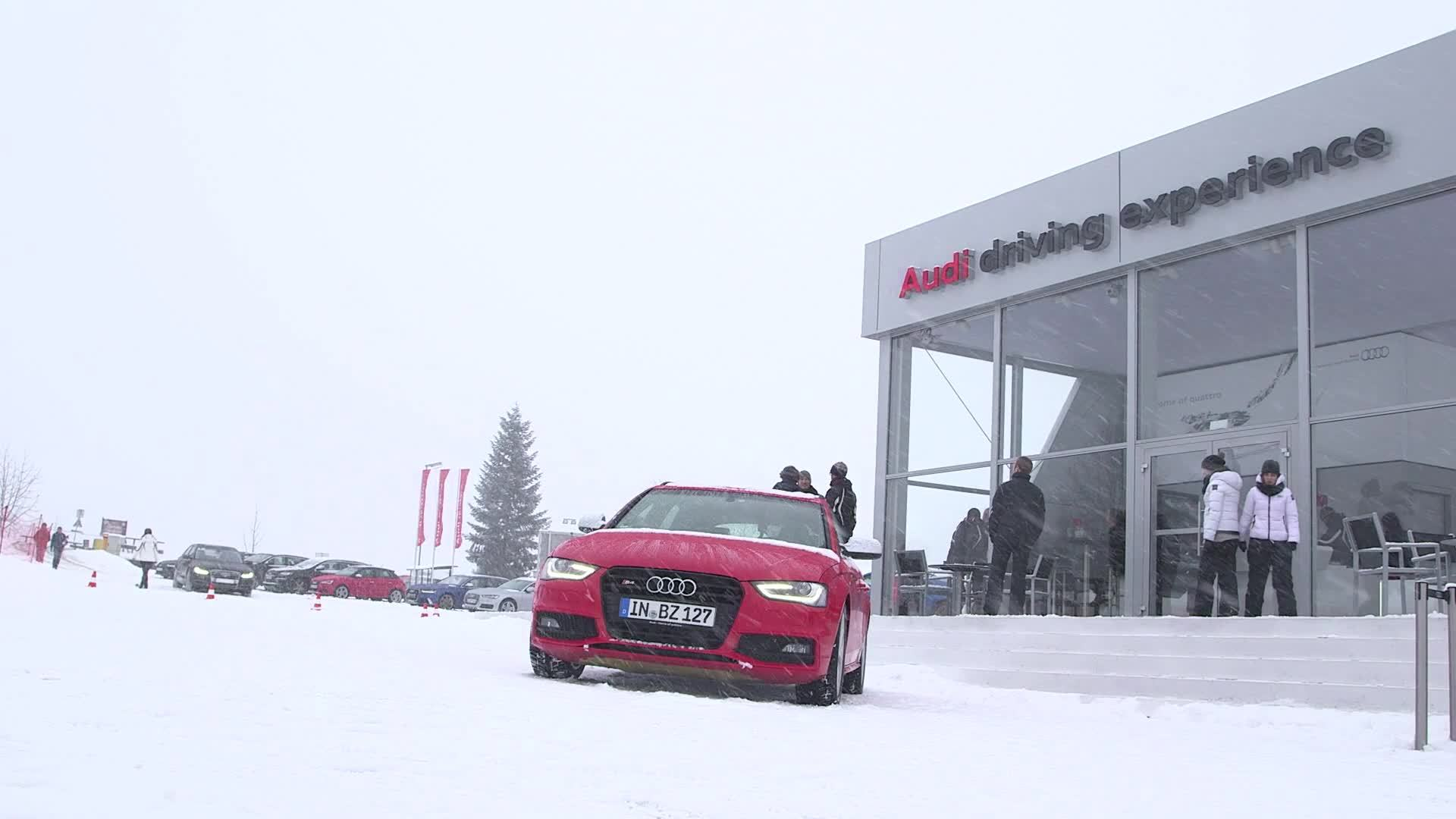 The FC Bayern at the driving experience in Kitzbuehel - Footage EN