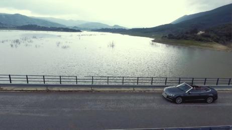 Offen für intensiven Fahrspaß - Das neue Audi A5 und S5 Cabriolet