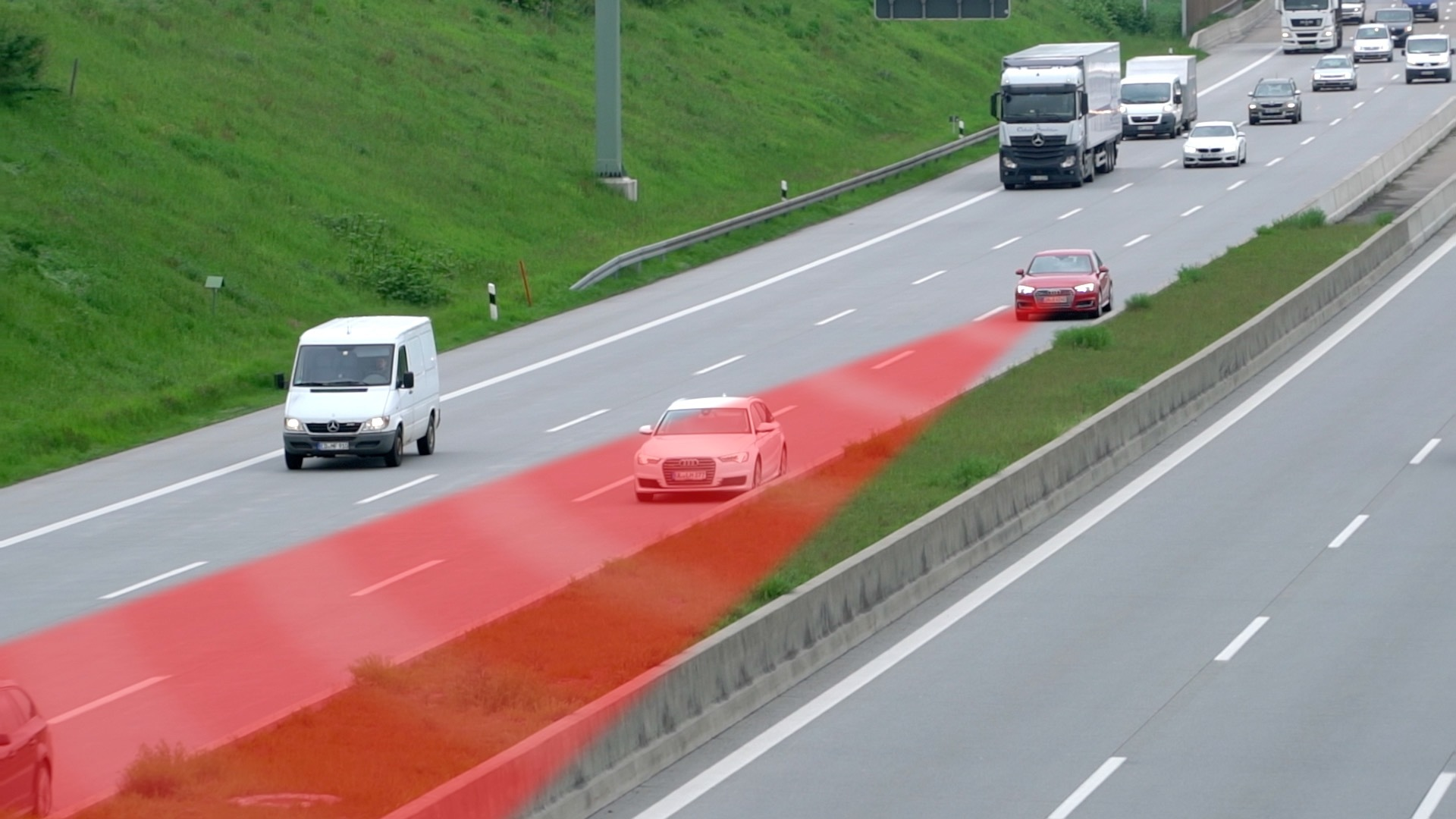 Efficient, safe and stress-free: The Audi driver assistance systems on the motorway, episode 2
