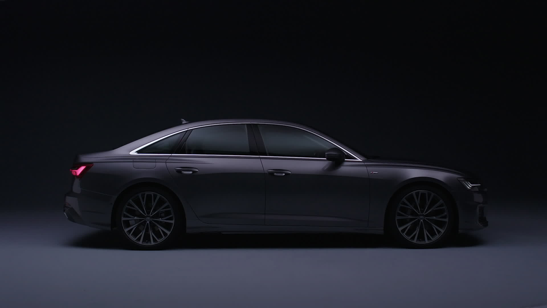 Ready for boarding: the new business class in the Audi A6