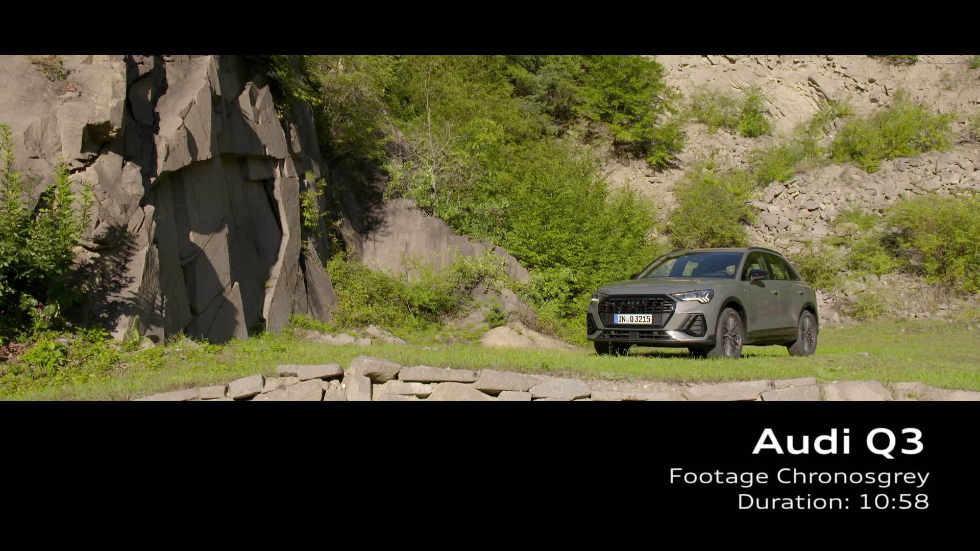 Audi Q3 Footage Chronos grey (2018)