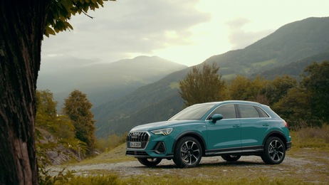 Audi Q3 Trailer on Location Bolzano