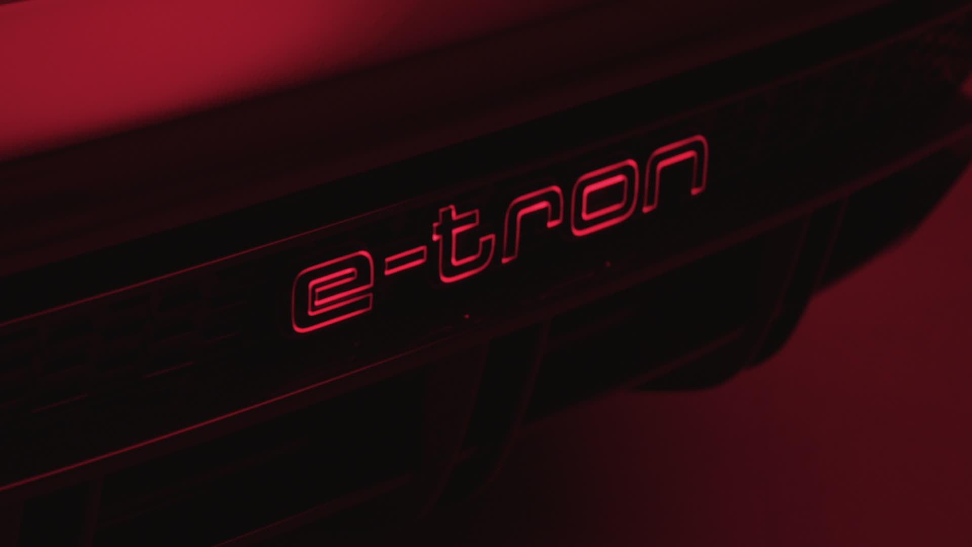 Teaser: Audi e-tron GT concept