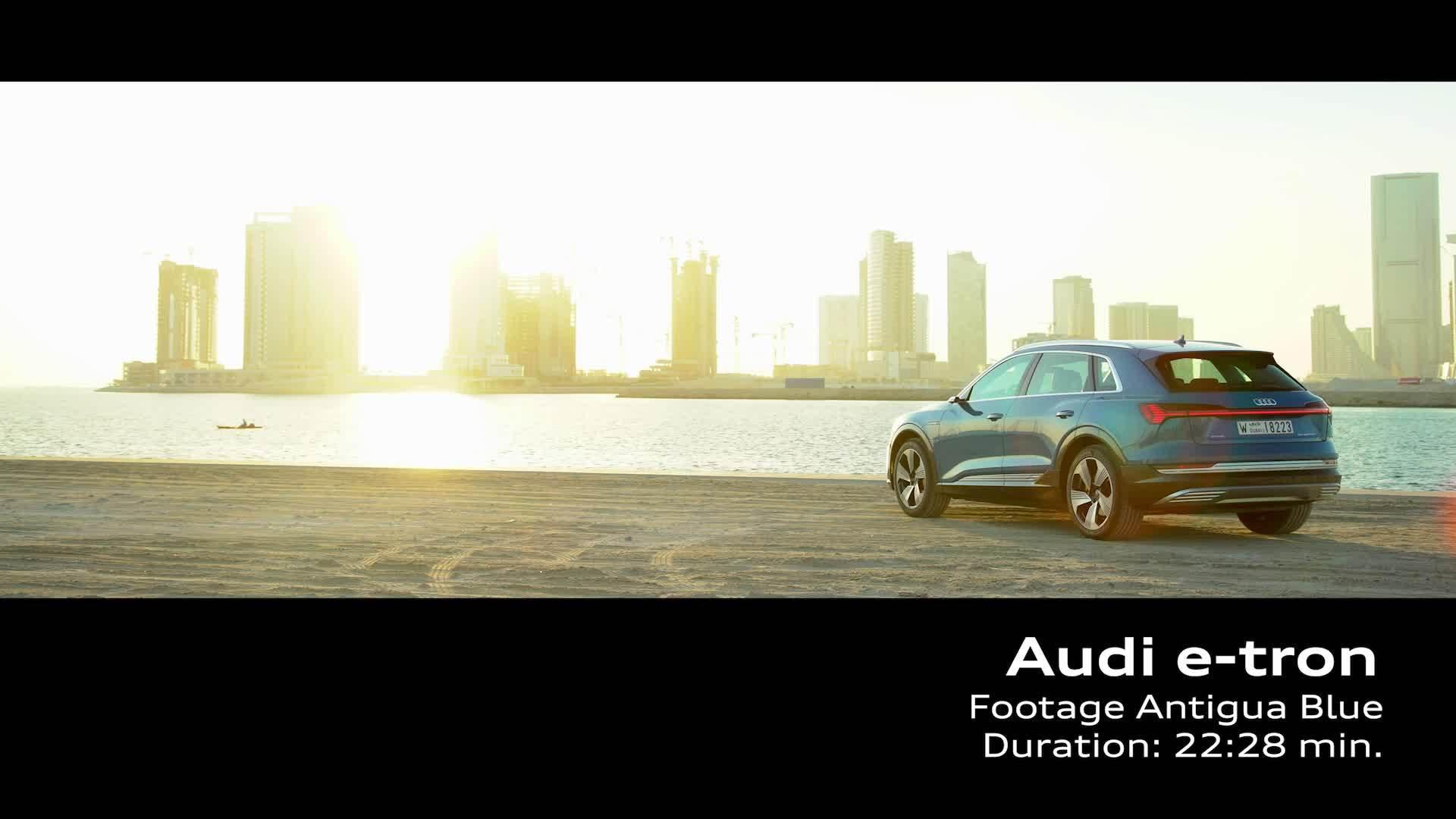 Audi e-tron Antigua Blau (Footage)