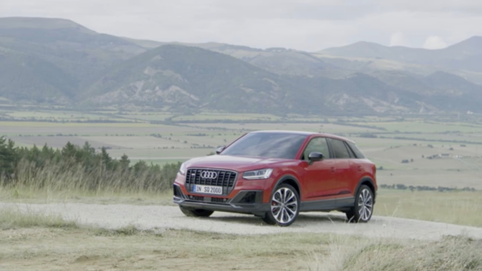 Sport-SUV: the Audi SQ2 (Trailer)