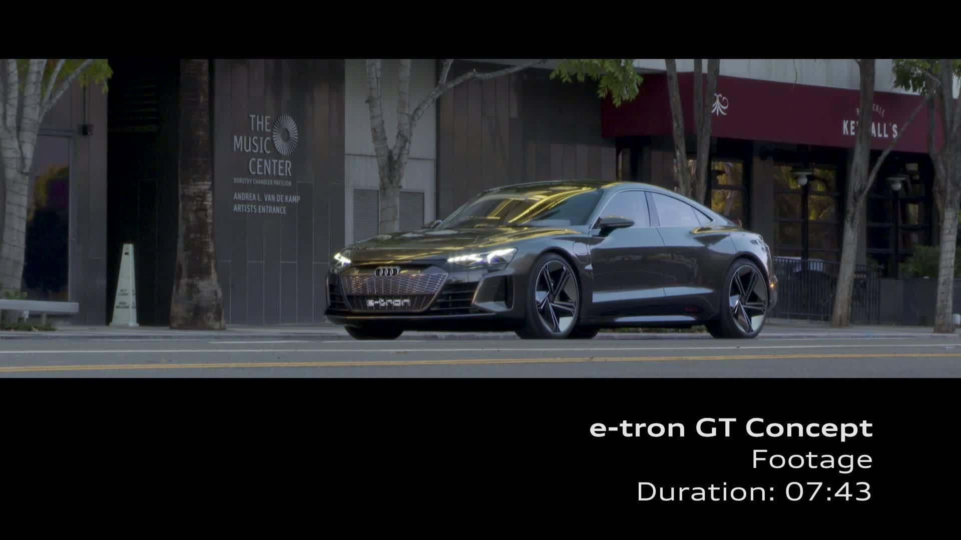 Audi e-tron GT concept auf den Straßen von Los Angeles (Footage)