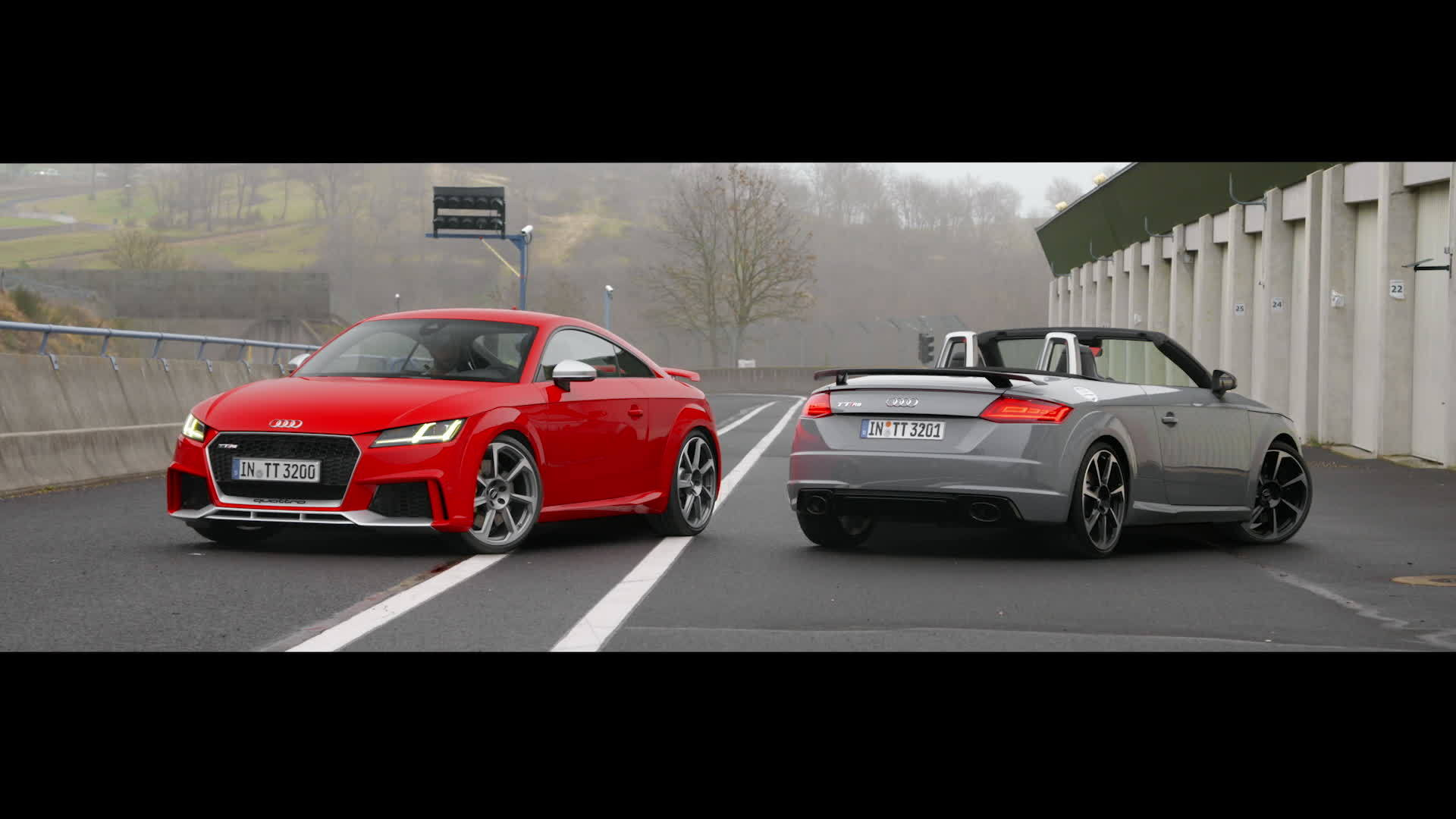 TT RS Coupé and TT RS Roadster (2016)