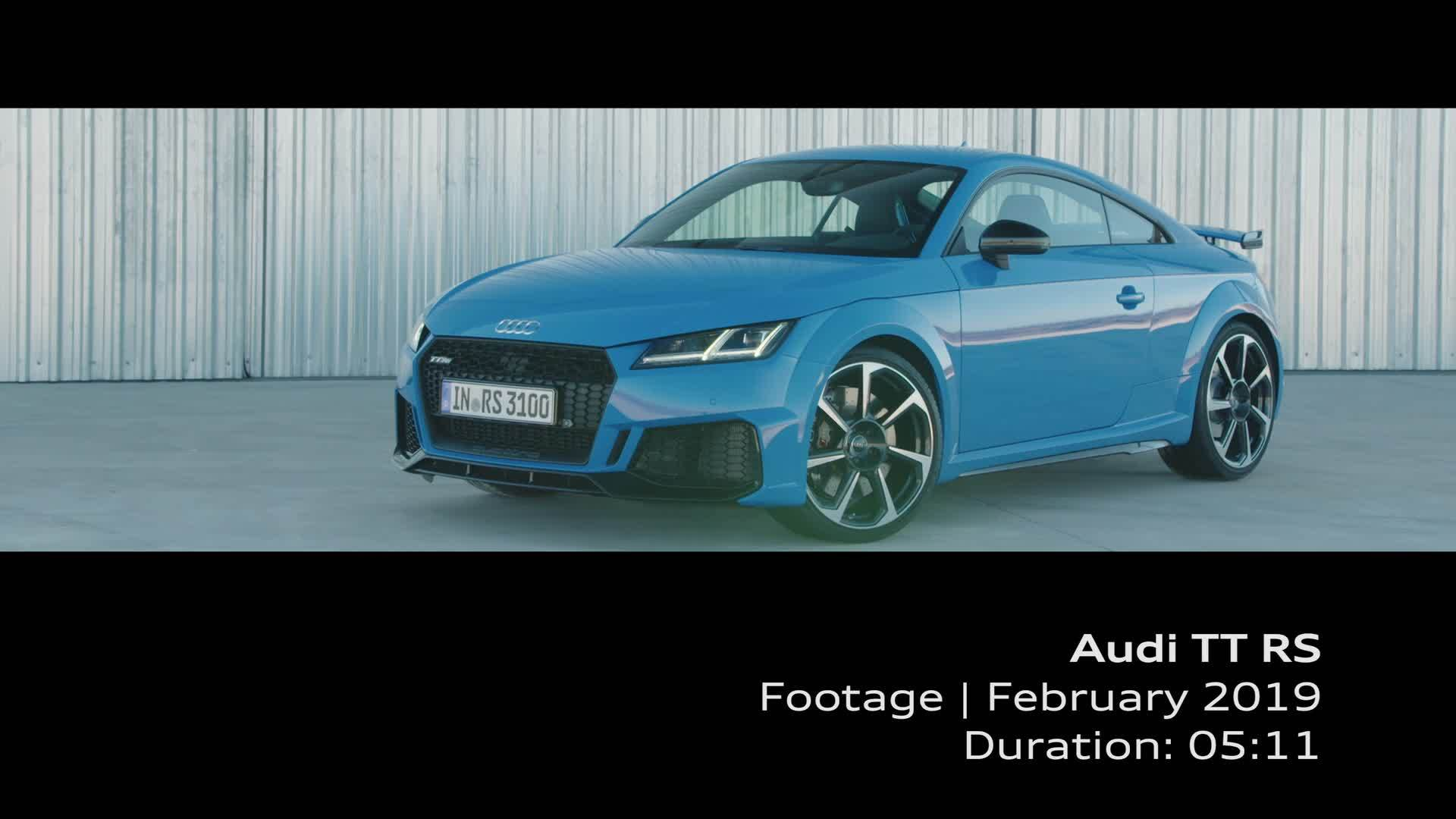 Audi TT RS (Footage)